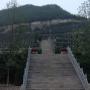 桃峰陵园墓区宽阔的台阶