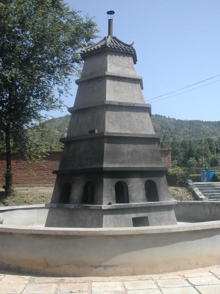九里山公墓烧纸塔