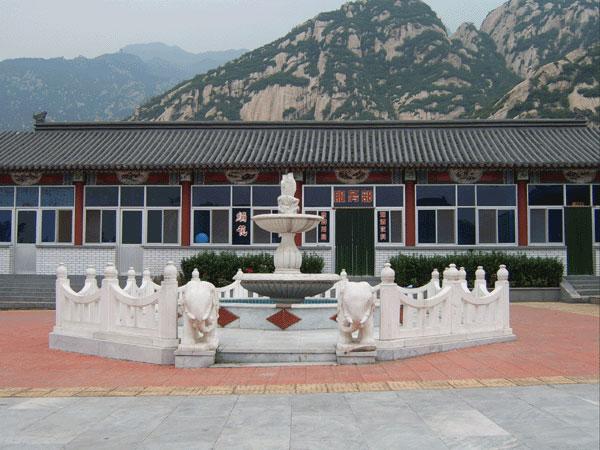 佛山陵园喷泉