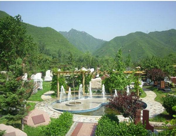 凤凰山陵园喷泉