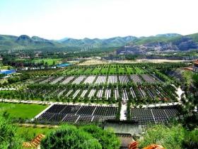 靈山寶塔陵園